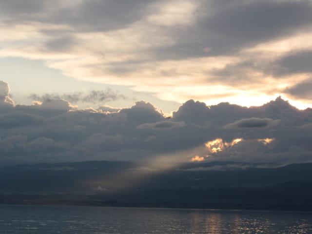 Soleil couchant sur le Leman