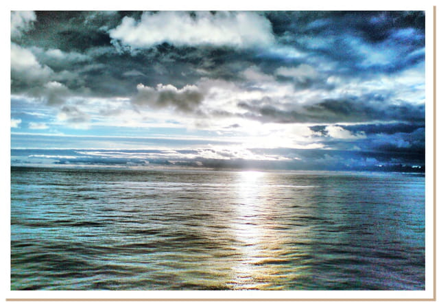 Soleil de Minuit au large de la Norvège.