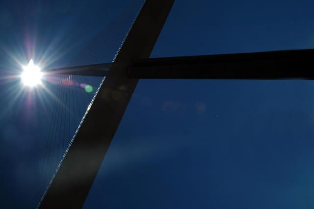 Soleil sur le viaduc
