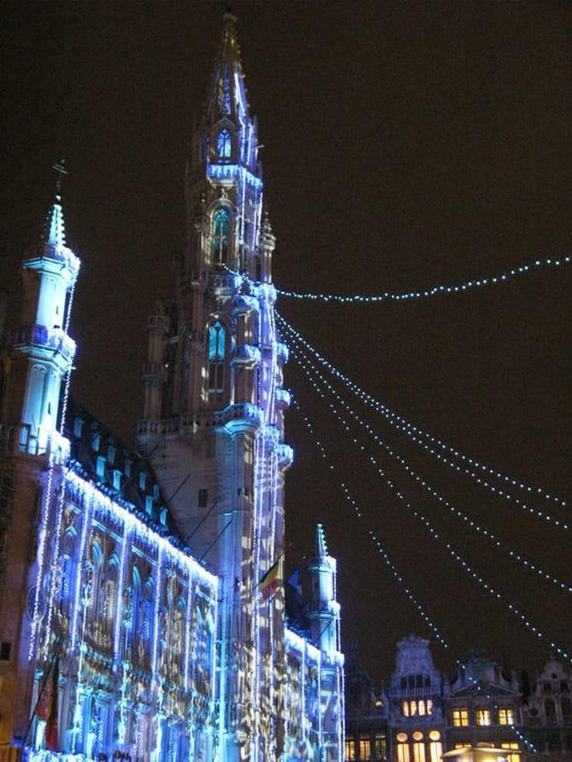Son et lumière sur l'hôtel de ville
