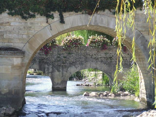 Sous le pont du moulin