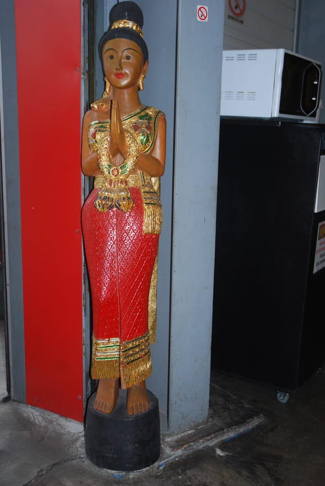 statue asiatique