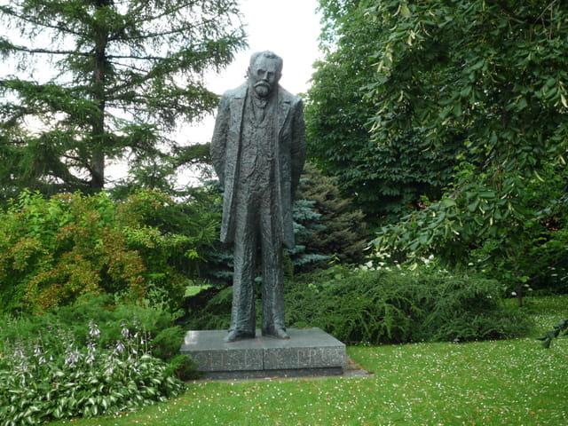 Statue Bolesslaw Prus