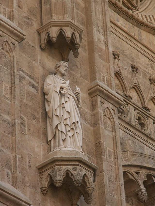 Statue cathédrale de palma