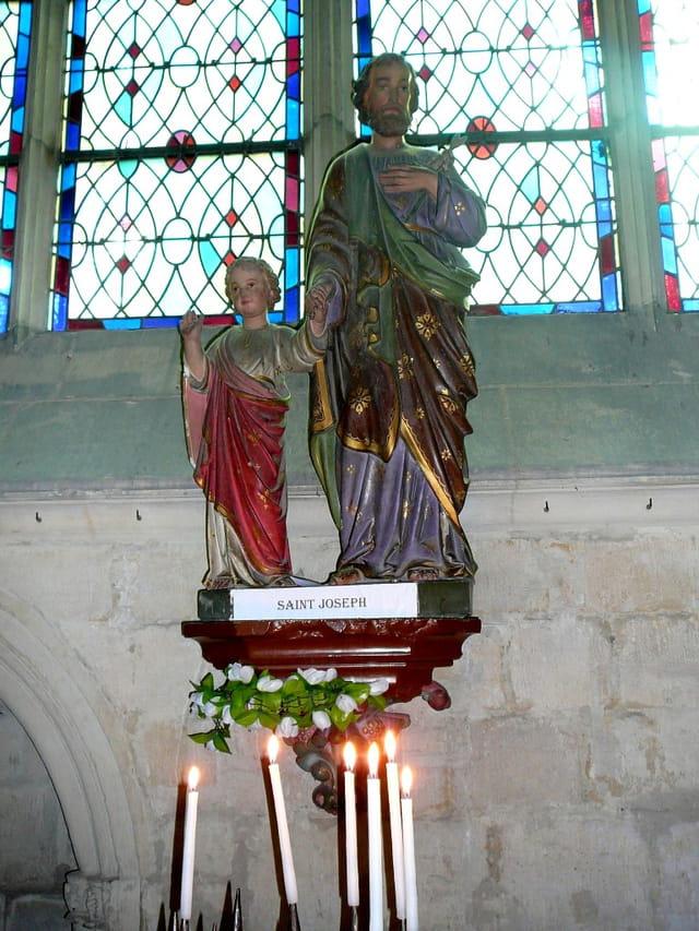 Statue de St Joseph et de l'enfant Jésus
