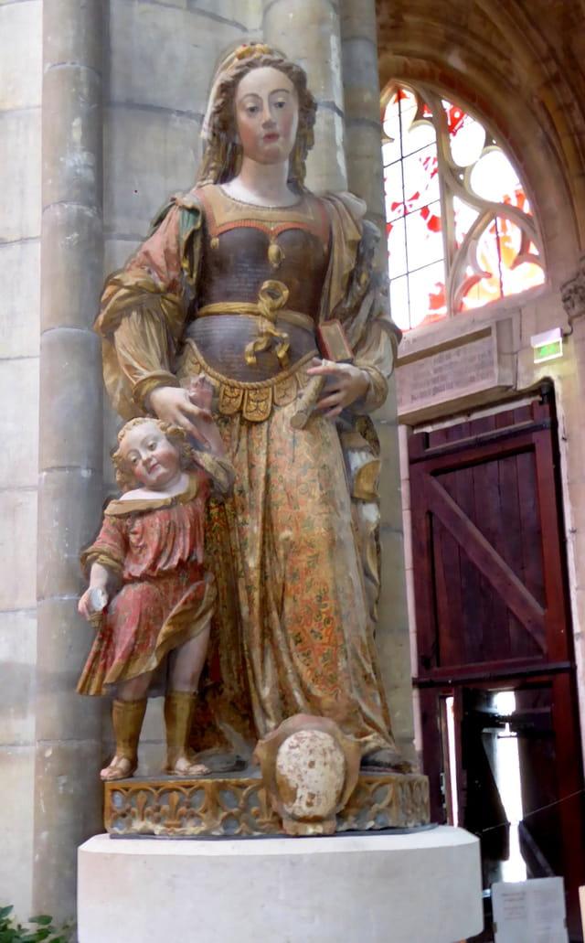 Statue de Ste Julitte et St Cyr - Cathédrale de nevers