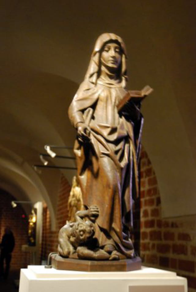 statue du musée du château de Marienbourg