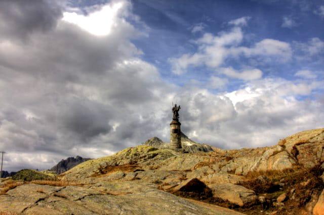 Statue en altitude