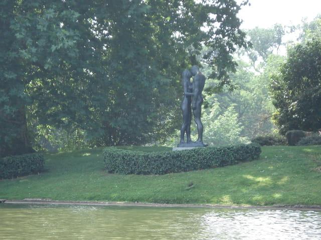 Statue en bois de boulogne