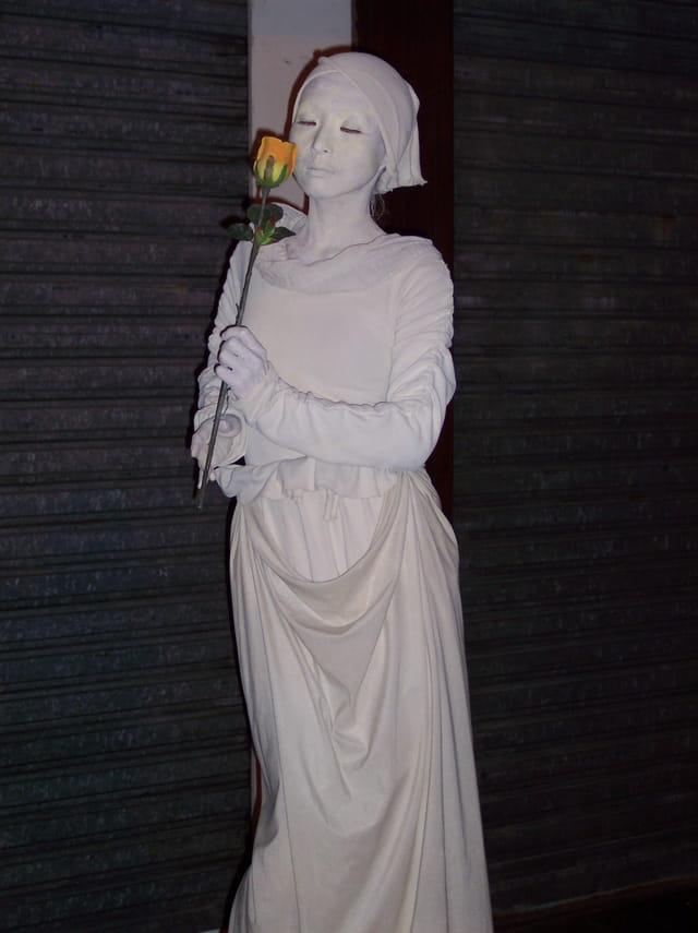 Statue vivante.