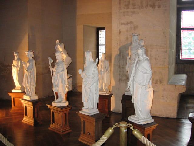 Statues au château de Pierrefonds