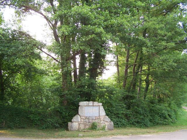 Stèle du maquis verneuil
