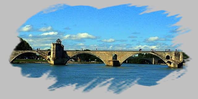 Sur le pont d'Avignon ...