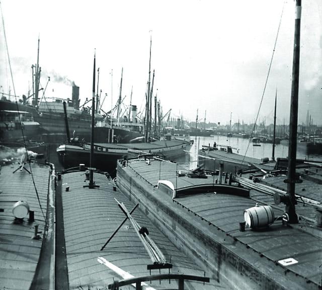 Sur le port vers 1900 (4)
