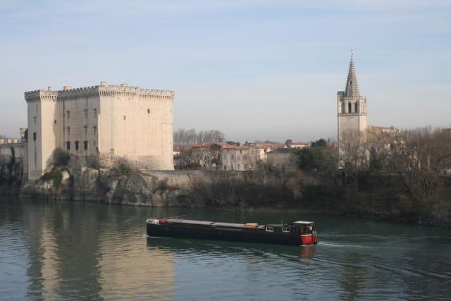Sur un fleuve