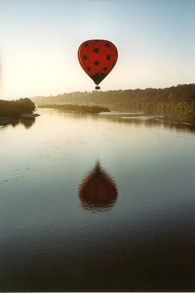 Survol de la loire en montgolfière