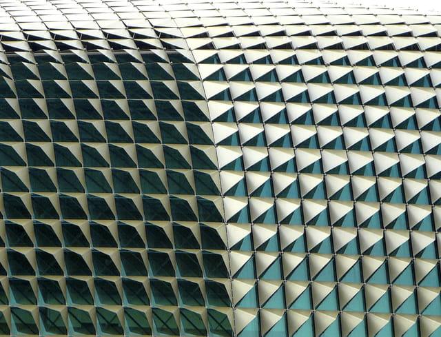 Tatoo roof