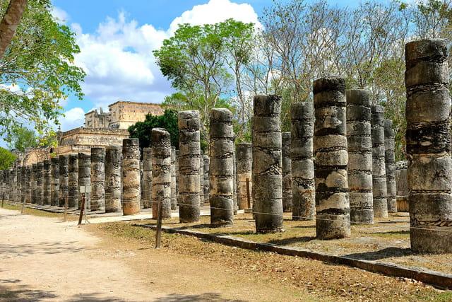 Temple des Guerriers, colonnes.