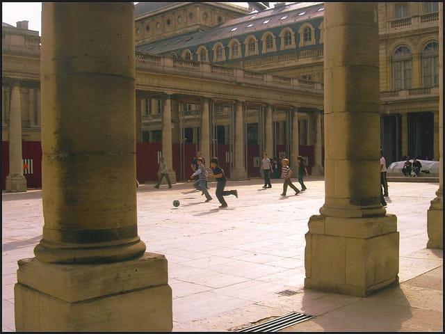 Terrain de jeux royal... au Palais-Royal