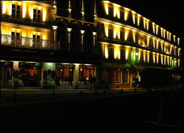 Terrasse ...et Cheval Blanc ...