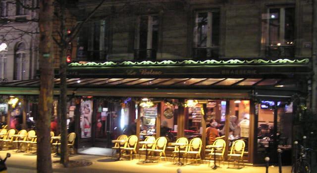 Terrasse Le Balzac, le soir