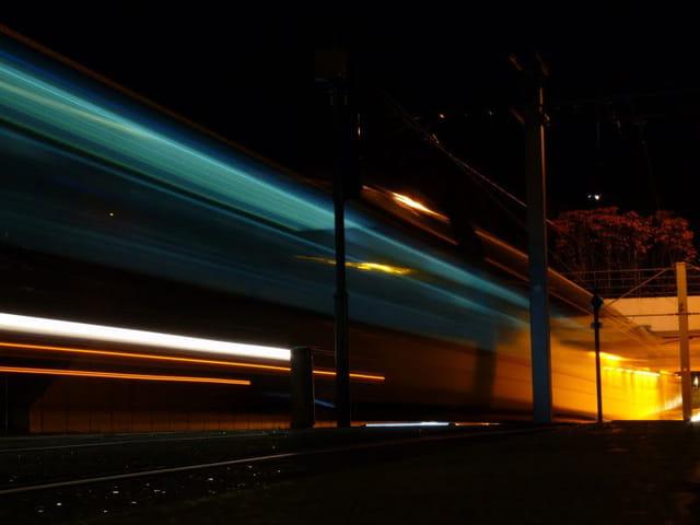 TGV = Tram a Grande Vitesse