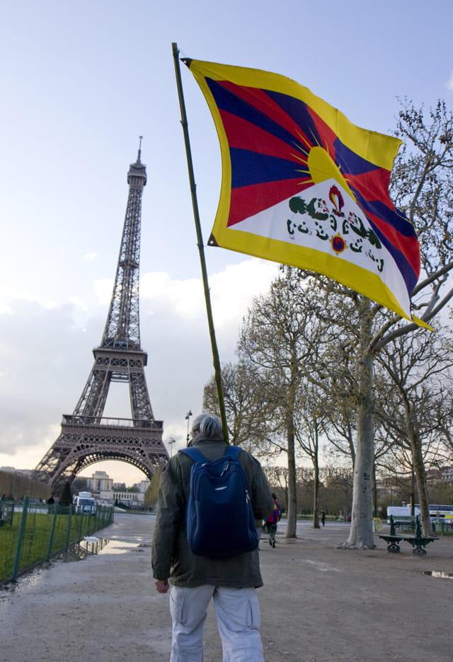 Tibetain à l'assault de Paris