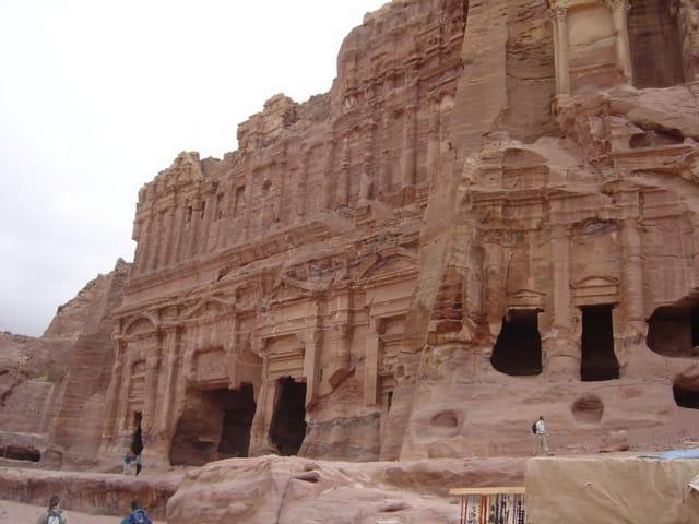 Tombeau palais accolé au tombeau corinthien