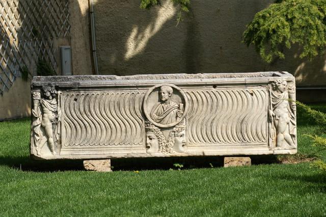 Tombeau romain