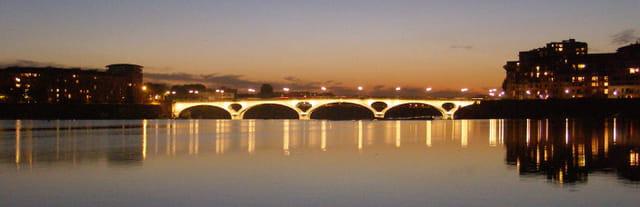 Toulouse de nuit