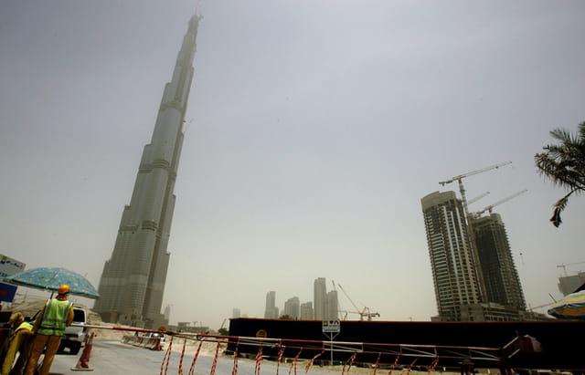 Tour de Pise ou Tour de Dubai