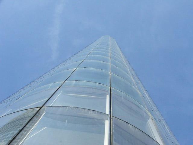 Tour de verre par yves prado sur l 39 internaute - Tour de verre marseille ...