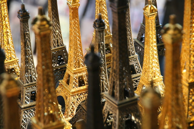 Tour Eiffel Made in China