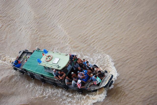 tous en bateau