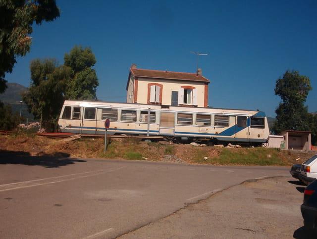 Train corse