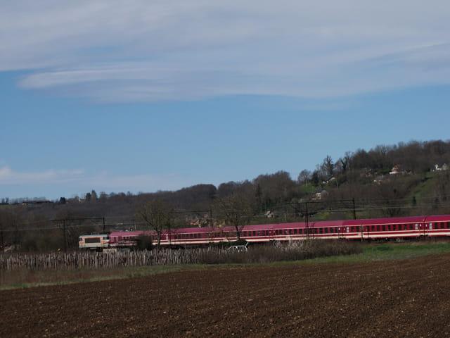 Train de pélerins européens sur Lourdes