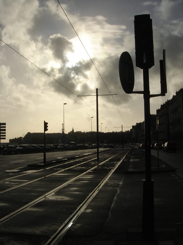 Tramway sur les quais