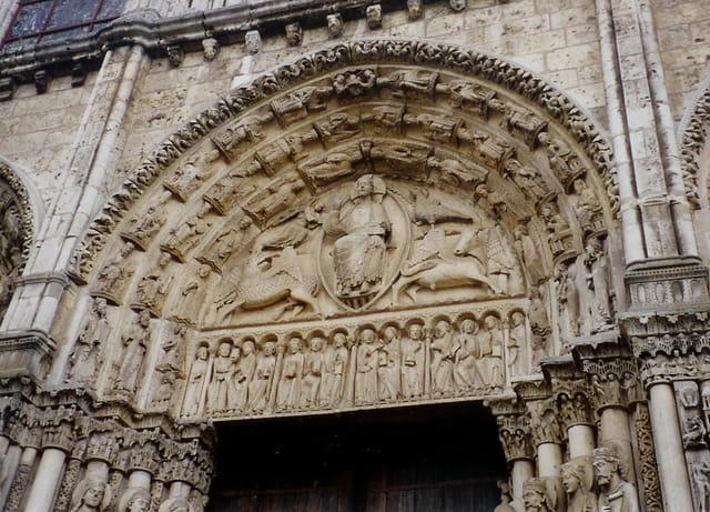 Tympan de la cathédrale de Chartres