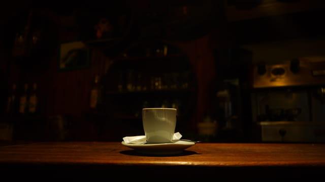 Un café, s'il vous plait