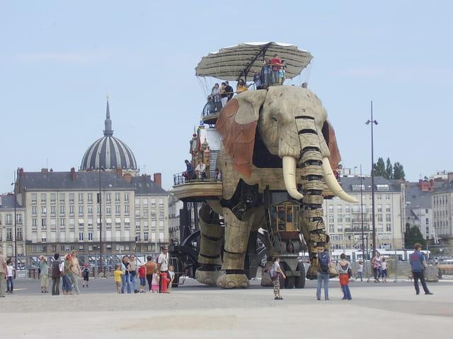 Un éléphant digne de Jules Vernes