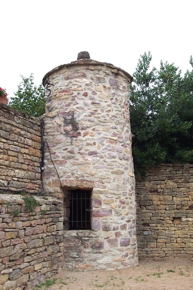 Un haut puits