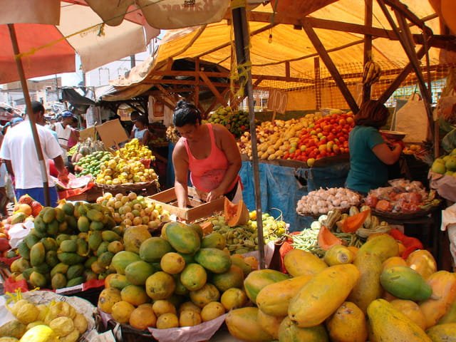 Un marché aux mille couleurs