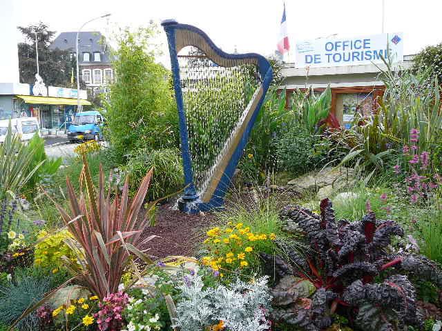 Un parterre de fleurs à Lisieux