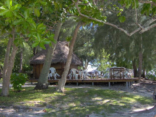 Un petit restaurant bien caché sur un l'îlot