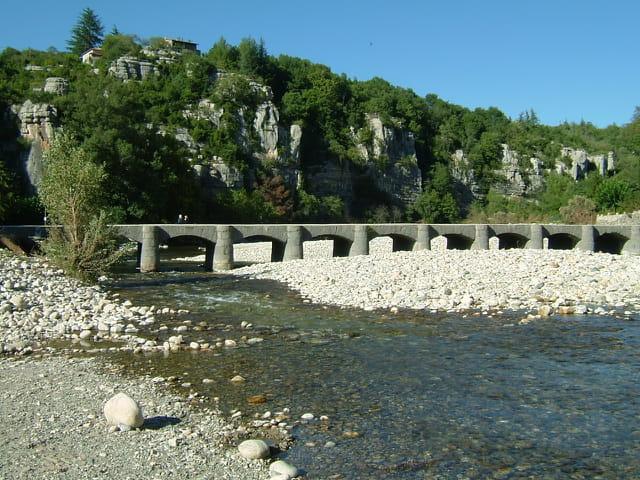 Un pont submersible