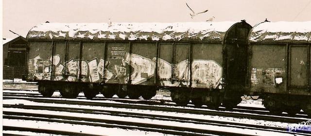 Un train en hiver