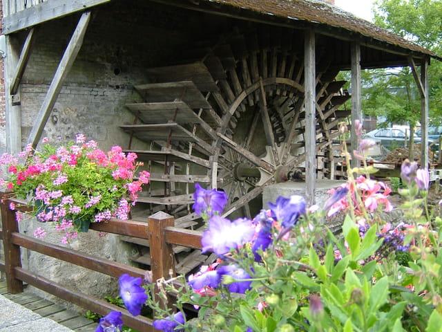 Un vieux moulin en Normandie