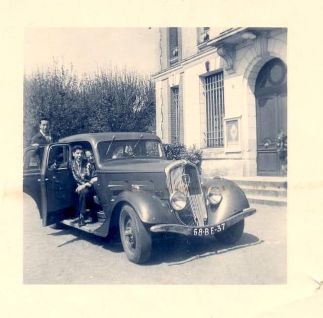 Une 401 peugeot de 1937