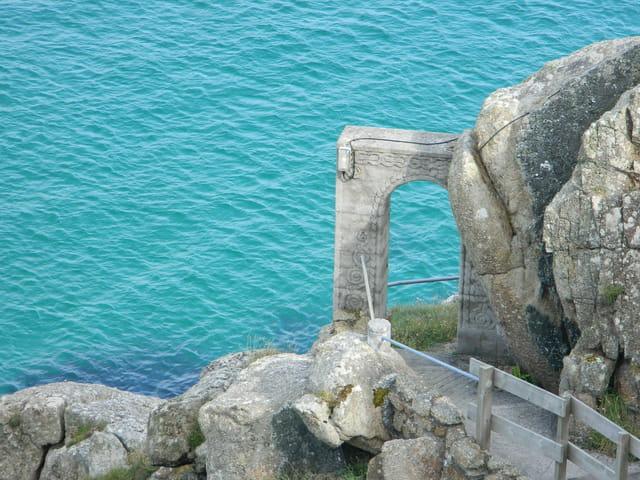 Une arche dans la roche