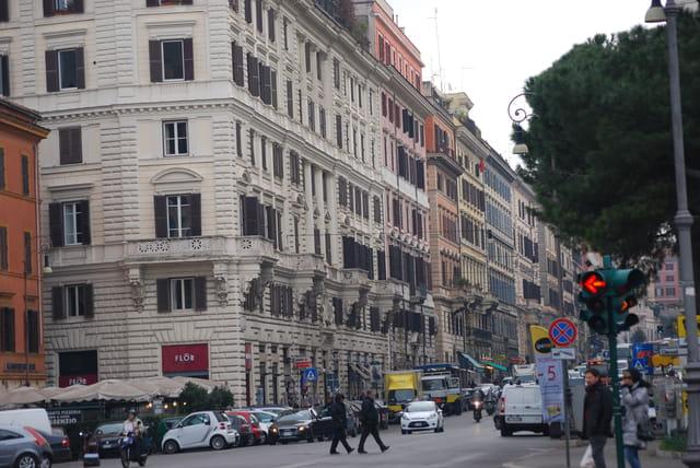 une avenue de Rome